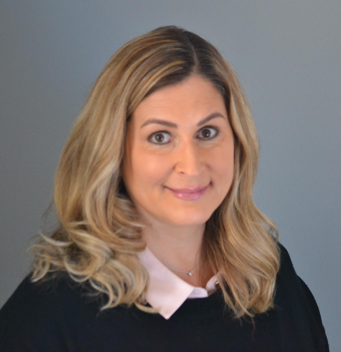 Lara Underhill Calgary Realtor and Calgary Real estate agent
