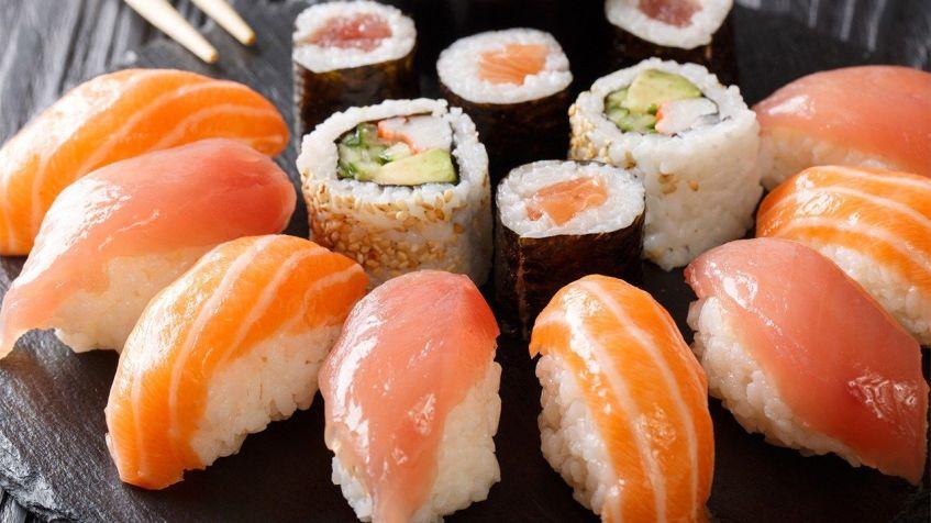 salmon sushi arrangedon table