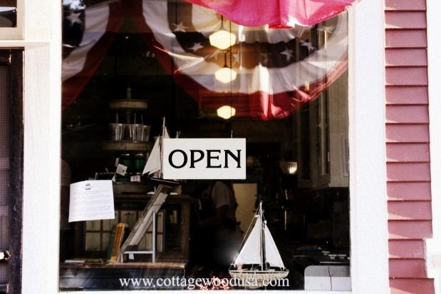 Cottagewood Store - Deephaven Minnesota