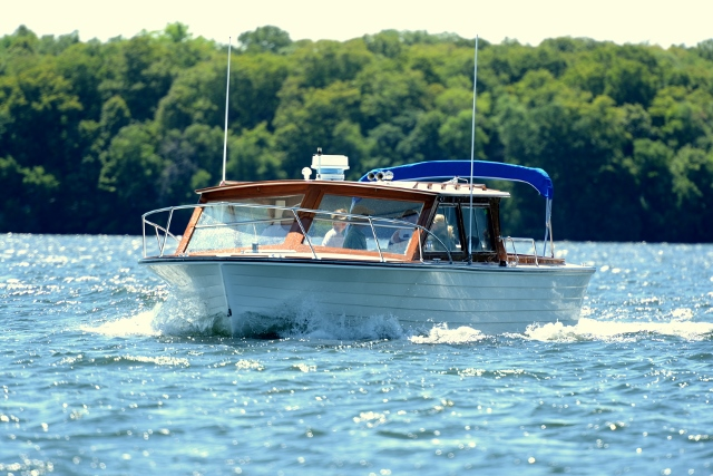 Boating on Lake Minnetonka - Greenwood Minnesota