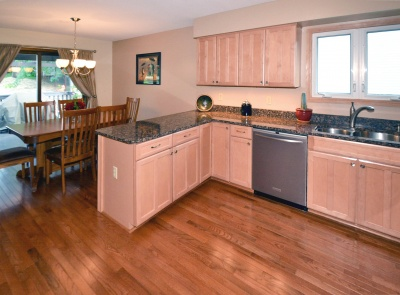 13601_james_avenue_south_mls_hid817083_roomkitchendiningroom_400
