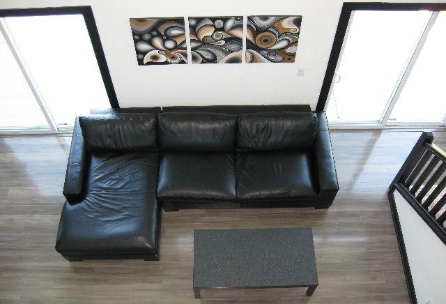 living_room_640_06