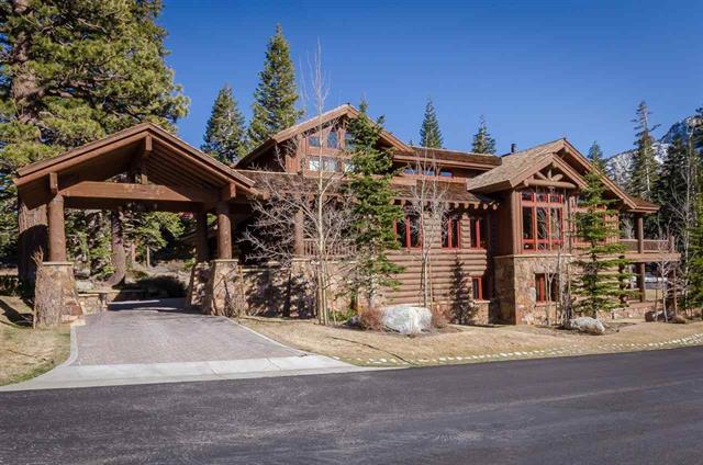 100 Pine Street Luxury Log Home for Sale in the Bluffs