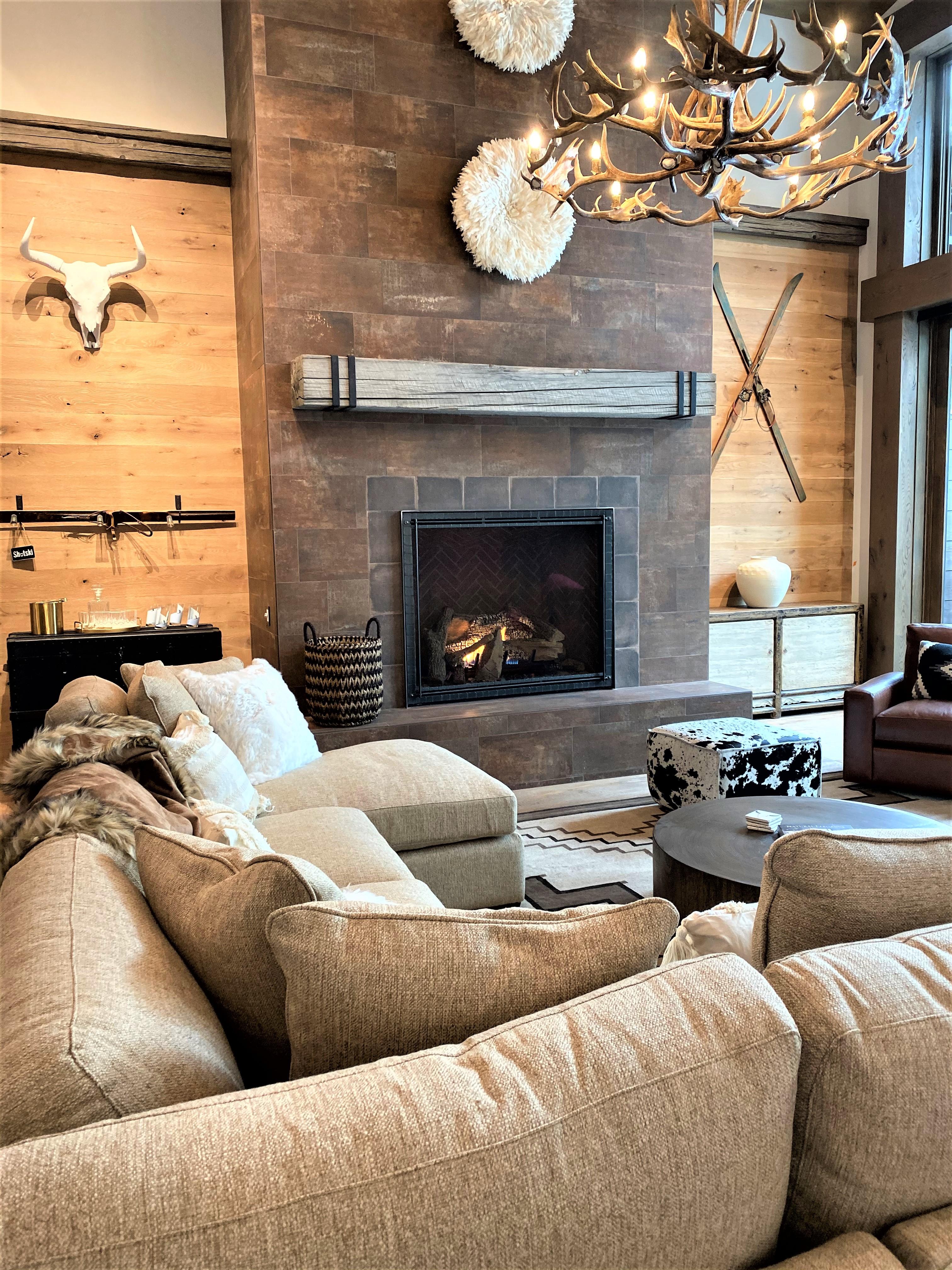 Hillside Highlands Living Room and Fireplace