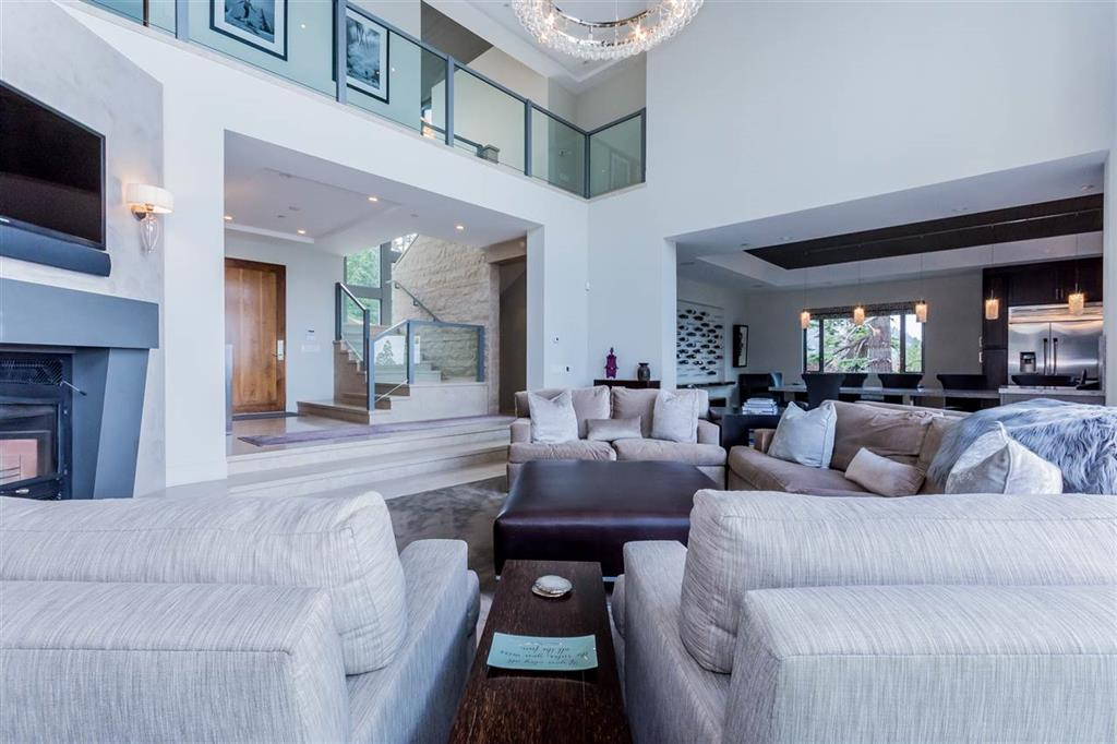 54 Bridges Lane Living Room