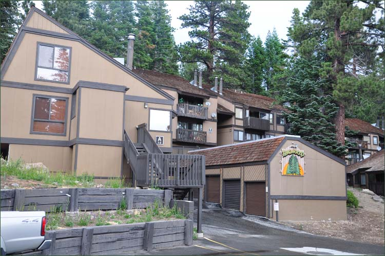 mammoth fers out rentals condo village by eagle ski owner cabins lakes lodge lodging cheap in near cabin s