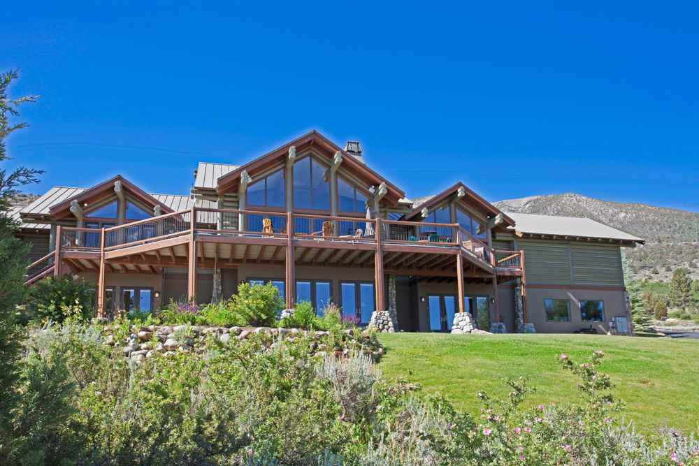 Crowley Lake Luxury Home in Summer