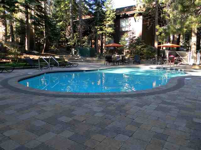 Mammoth Estates Swimming Pool in Summer