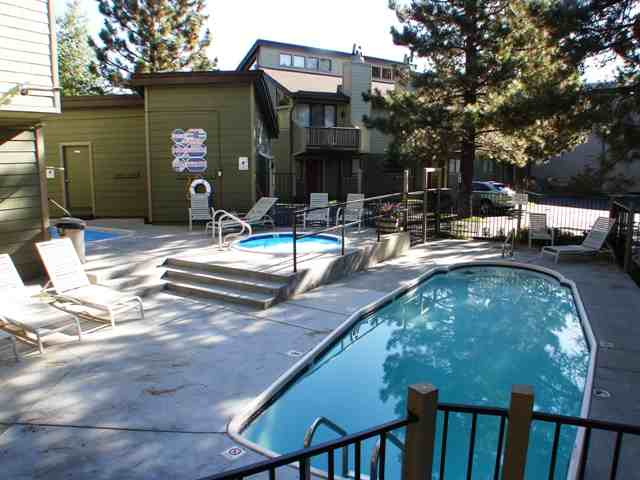 MAMMOTH SIERRA TOWNHOMES COMMON AREA POOL