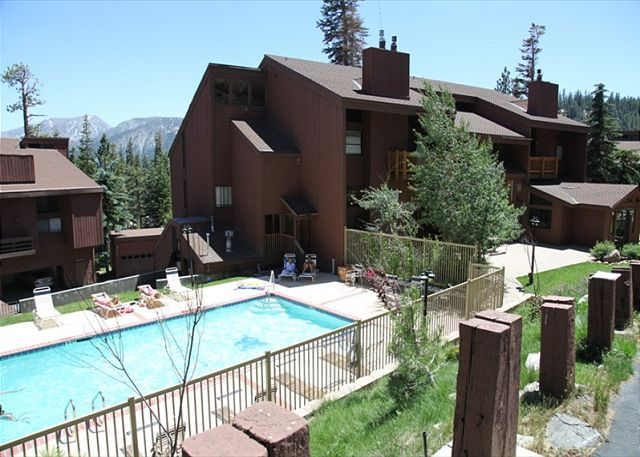 MAMMOTH SKI AND RACQUET SWIMMING POOL AREA