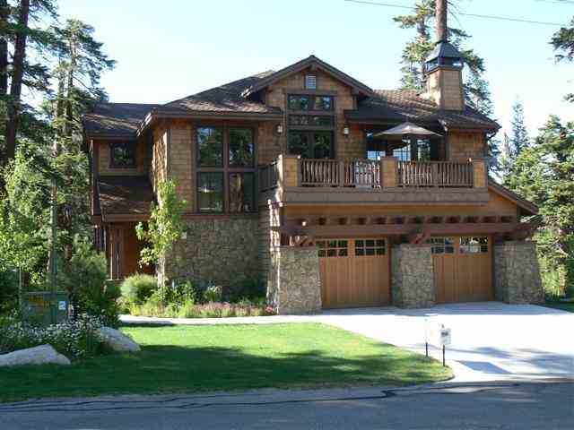 Exterior of Sold Home in Mammoth Slopes Neighborhood