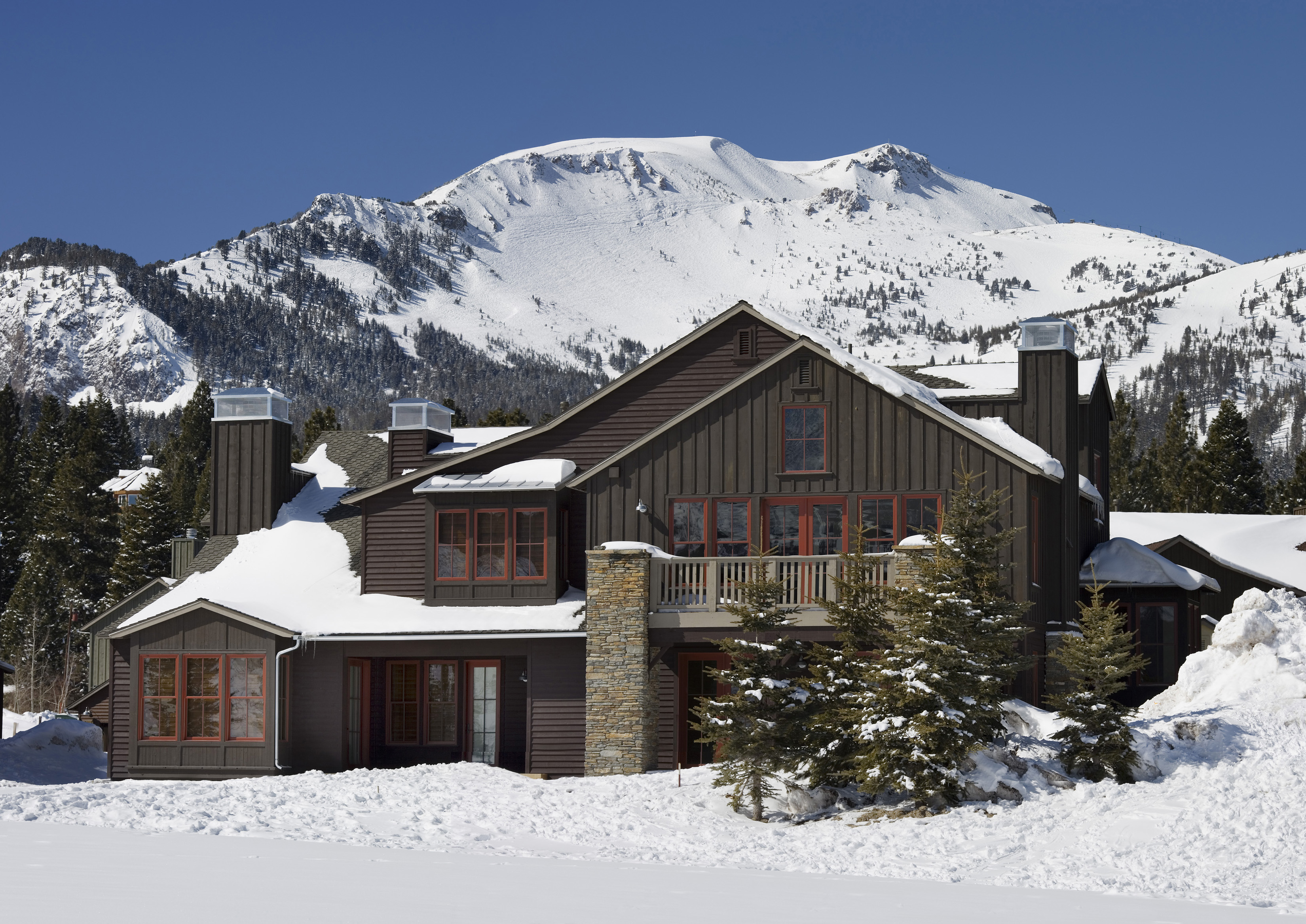 The Lodges at Snowcreek Condos with Mammoth Mtn in Background