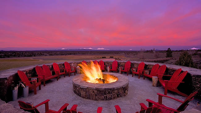 Range Restaurant and Bar Fire Pit