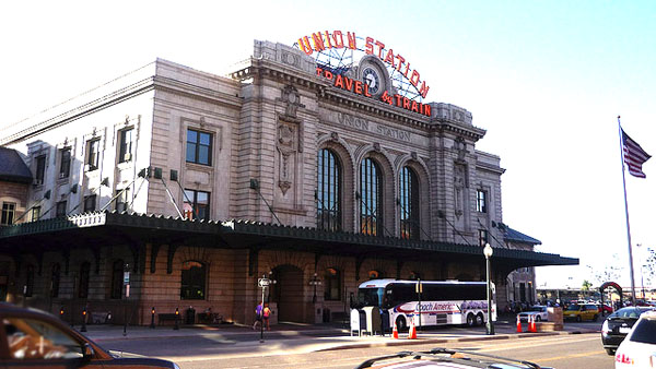 Union Station Denver - Image Credit: https://www.flickr.com/photos/schneertz/2576035324