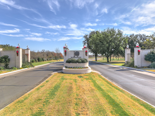 Pecan Plantation Homes for Sale - Houses - Land -- Elevate ...