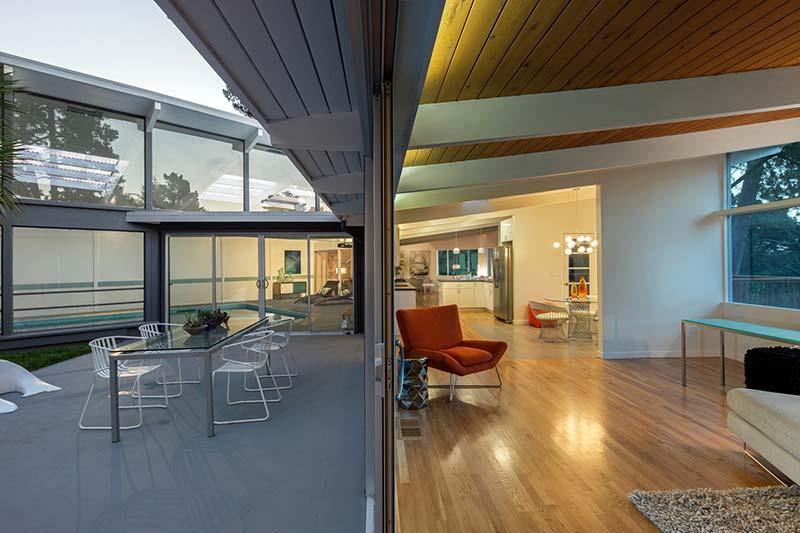 Seattle Mid-Century Modern Homes