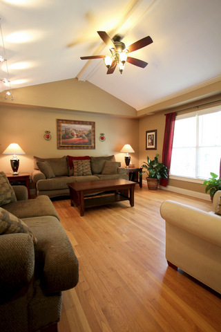 1401_juneau_court_tucker_ga__30084_living