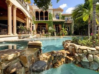 Luxury Home in Siesta Key