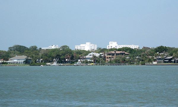 Sarasota, Florida - Image Credit: https://www.flickr.com/photos/24736216@N07/4866568922