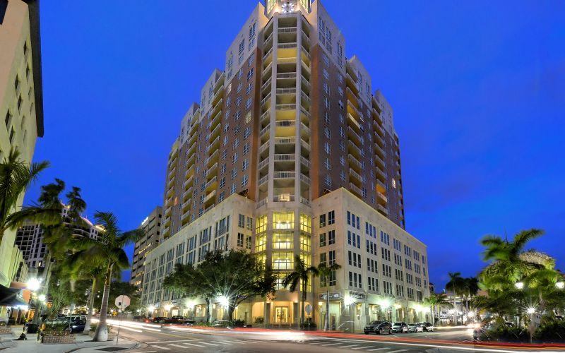 1350 Main condos Sarasota