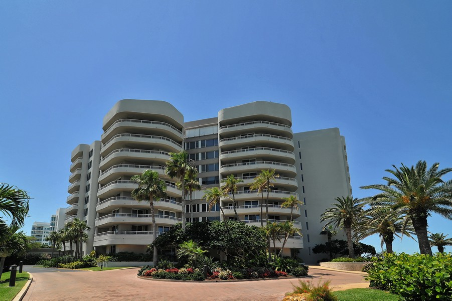 Beaches condos Longboat Key
