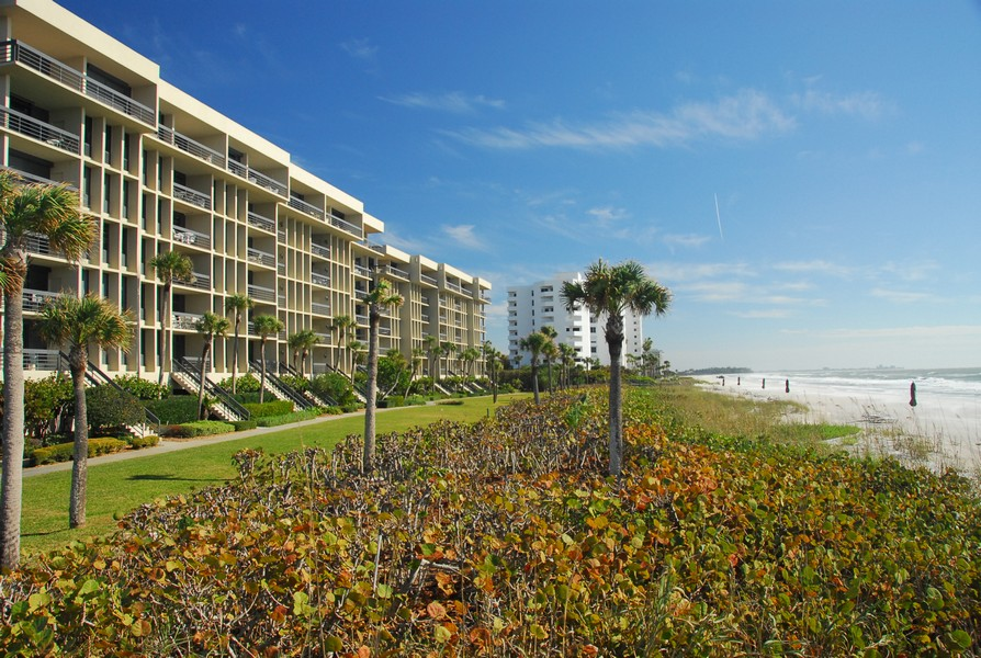 Beachplace condos Longboat Key