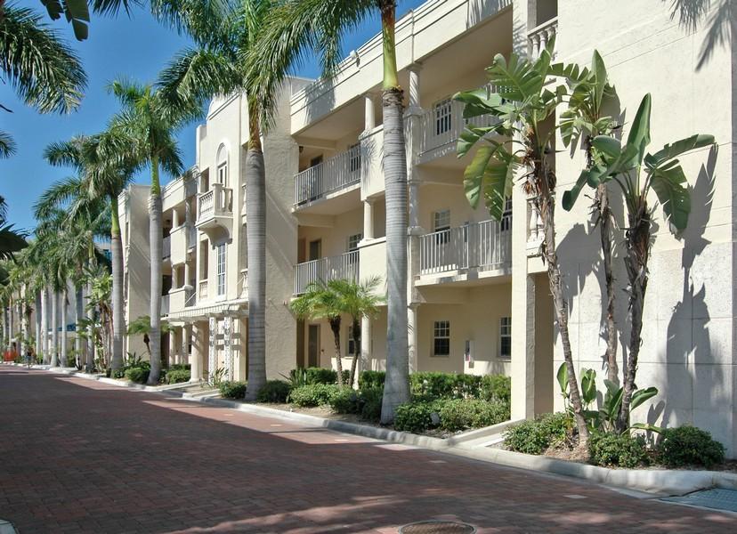 Palm Bay Club Condos For Sale On Siesta Key Sarasota Fl