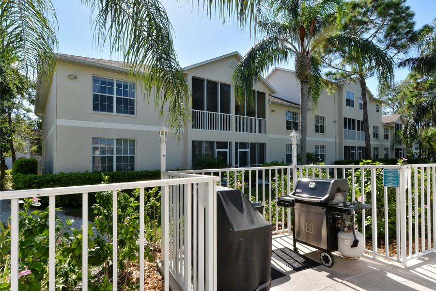 Pinestone condos Sarasota