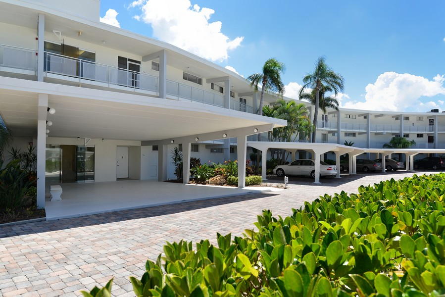 Sands Point condos Longboat Key