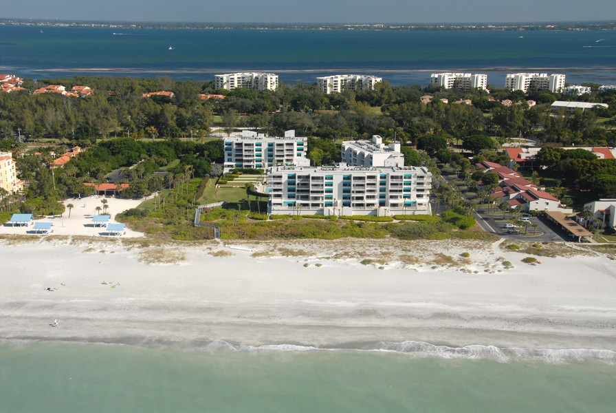 Sunset Beach condos Longboat Key