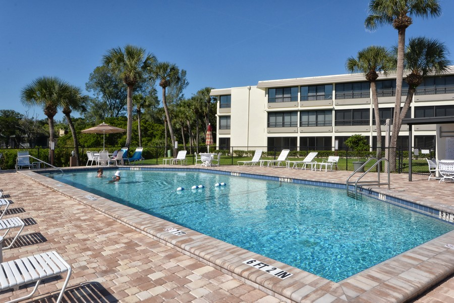 Whispering Sands condos Siesta Key