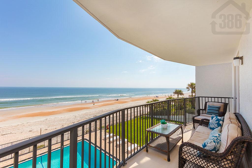 atlantis 303 oceanfront balcony