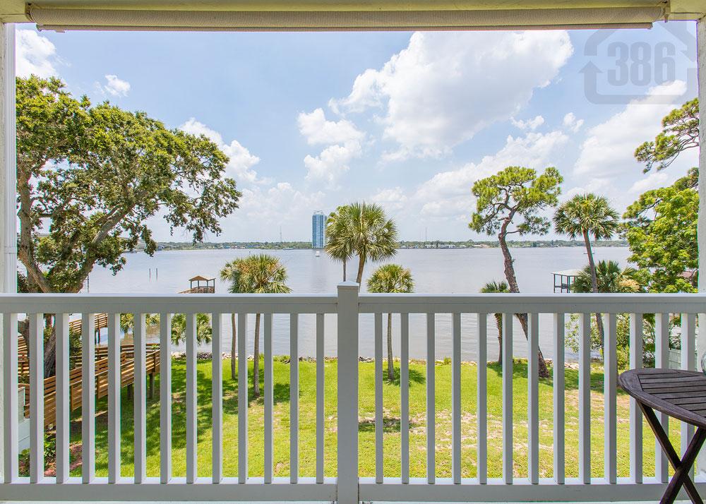 river oaks 307 balcony
