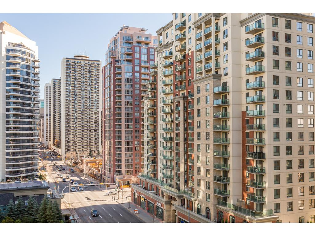 Calgary Downtown West End condos for sale
