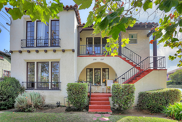 1932 Spanish Revival triplex in Highland Park Historic Preservation Overlay Zone