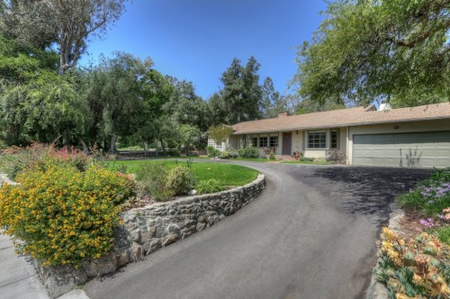 Altadena pool home with circular driveway