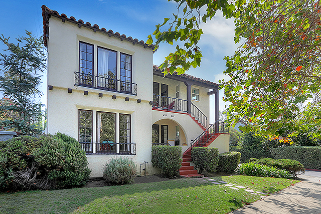 Historic 3 unit Spanish income property in Highland Park