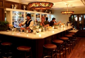 Big Bar at Alcove in Los Feliz is a wecome addition to a Los Feliz favorite