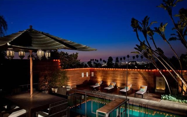 Silver Lake pool home is great for entertaining