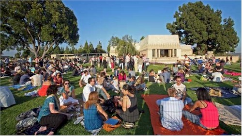 barnsdall park wine tasting in the summer with Silver Lake Wine