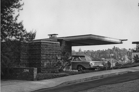 black and white photo of Allyn Morris Studio in Silver Lake