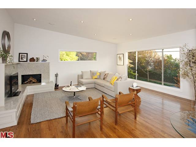 This Mid Century Los Feliz flip is definitely NOT a flop!