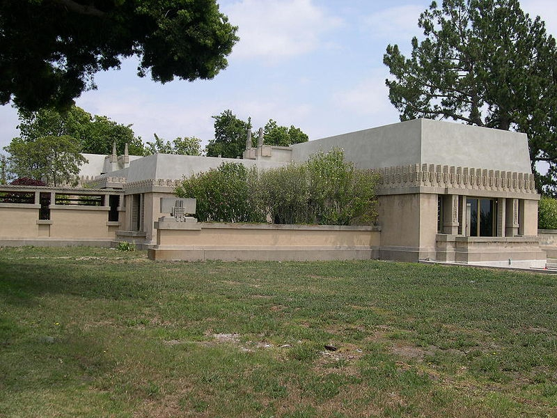 Frank Lloyd Wright Hollyhock House in Hollywood California