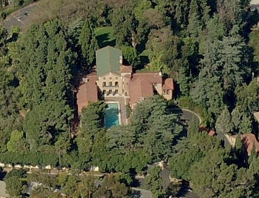 overhead view of the Paramour in Silver Lake's Moreno Highlands