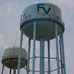 Fuquay Varina NC Watertower Flickr Image by oldrebel/5955435286/