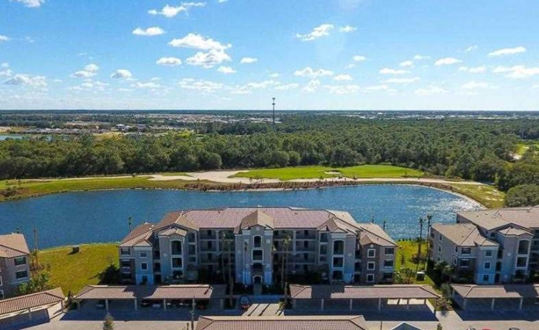 condos for sale in Lakewood National