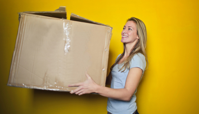 moving checklist and free moving tips
