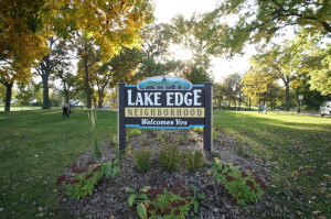 Lake Edge Neighborhood