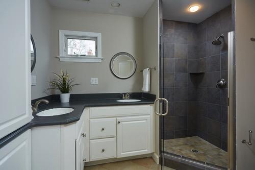 Master Bath in 5903 Conway Rd - Wyngate