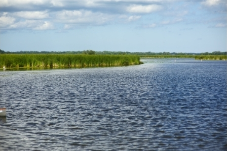 Lake Fox in McHenry County, IL. Find homes for sale in McHenry County, IL.